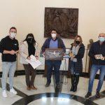 La Vilavella participa en la cápsula del tiempo para conmemorar el 25 aniversario del Museo de Medallística Enrique Giner