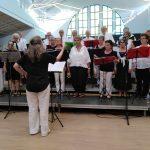 El coro de Los Tres Valles de Nyons actúa en Nules