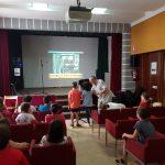 Els escolars de cinqué de Primària participen en un taller de doblatge en valencià
