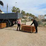 Nules utilitza materials nous en passarel·les i bancs de la zona marítima
